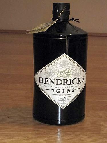 450px-Hendrick's_gin_001