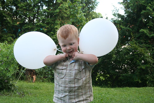 Balloon wings