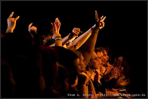 Publikum / Bela B. y Los Helmstedt
