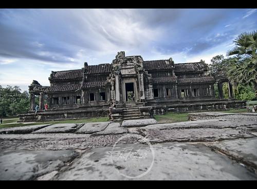 Angkor Wat Side Temple