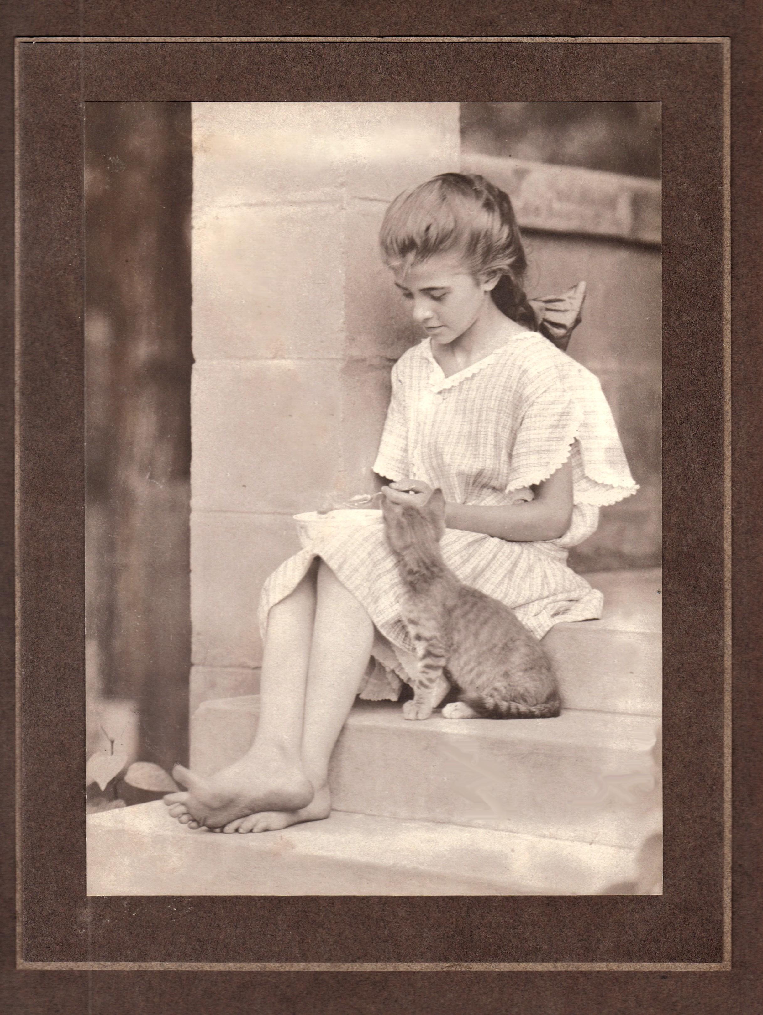 Nemo65, Girl With Kitten, june, 1908