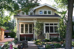 "Kenilworth Bungalow, Minneapolis Minnesota • <a style=""font-size:0.8em;"" href=""http://www.flickr.com/photos/51797505@N04/4771773161/"" target=""_blank"">View on Flickr</a>"