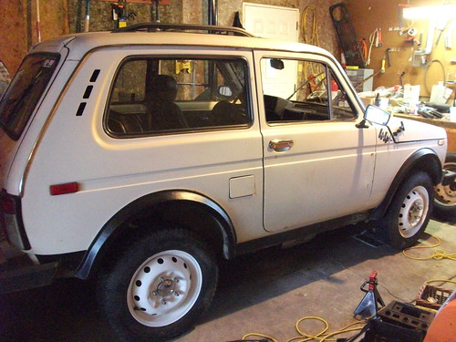 1995 Lada Niva with new wheels and tires