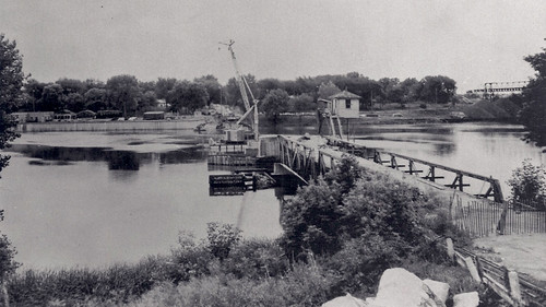 Demolition of Old Kimberly Bridge