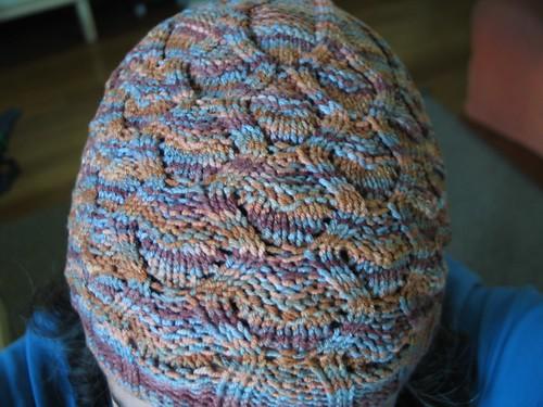 wavy lace cable cap