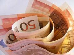 Money-50-Euro_32705-480x360