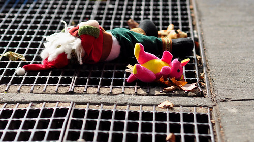 665-730 Discarded Toys