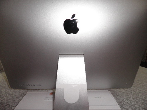 iMac開箱記_主機背面12