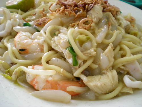 Asian Flavours' Singapore fried Hokkien mee 1