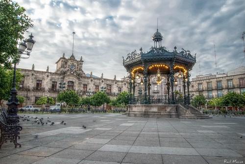 Palacio de Gobierno y Quiosco, Plaza de Armas