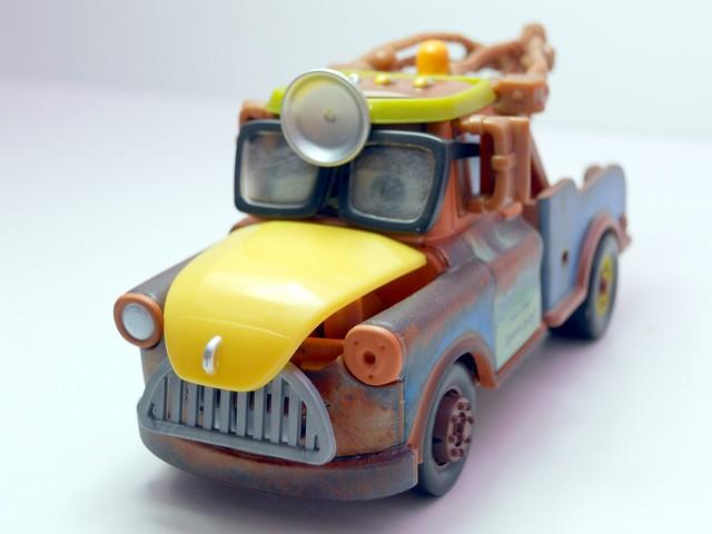 cars toon tokyo mater dr. abschlepp wagen (5)