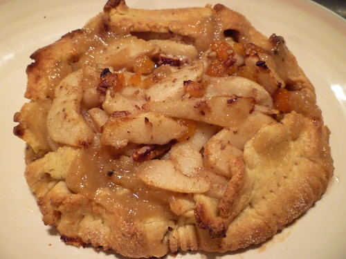 pear cardamon tart