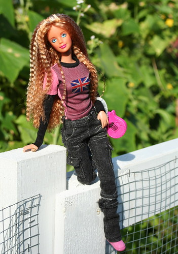 Barbie's Ready To Go Back To School