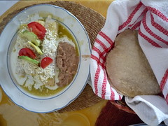 Enchilada verde mit Bohnenpaste, Taxco