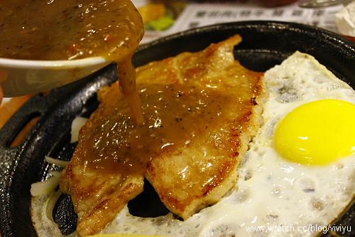 [美食.桃園]大亨牛排旗艦店~沙拉吧無限量供應 @VIVIYU小世界