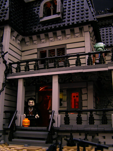 Haunted House 05