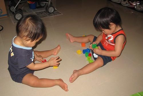 play w friends2