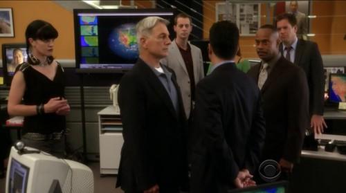 Abby, Gibbs, McGee, Alejandro, Vance and DiNozzo