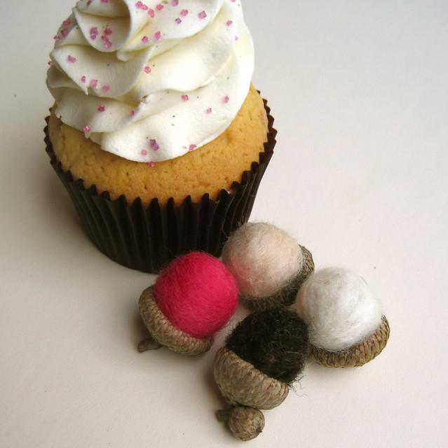 dessert inspired acorns set of 12 in vanilla pink cupcake