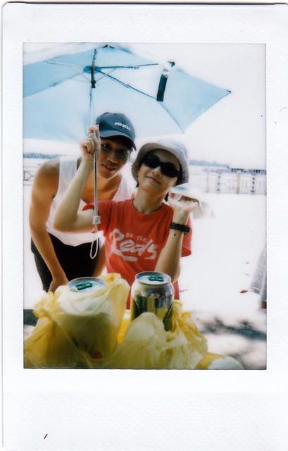 Jian Yun Camwhore Slug & Sharon Handkerchief+Umbrella+Shades+Sunhat Auntie Slug