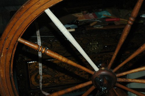 carving spokes 009.JPG