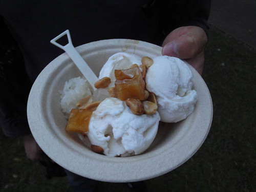 Night noodle markets: Coconut ice cream from Chat Thai