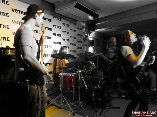 Novus Luna at the Doki Album Premiere in Votre Bar 2