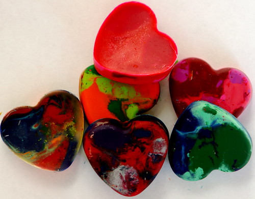 Colorful red hearts