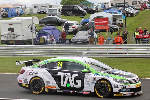 Jake Hill in the second BTCC race at Oulton Park, May 2017