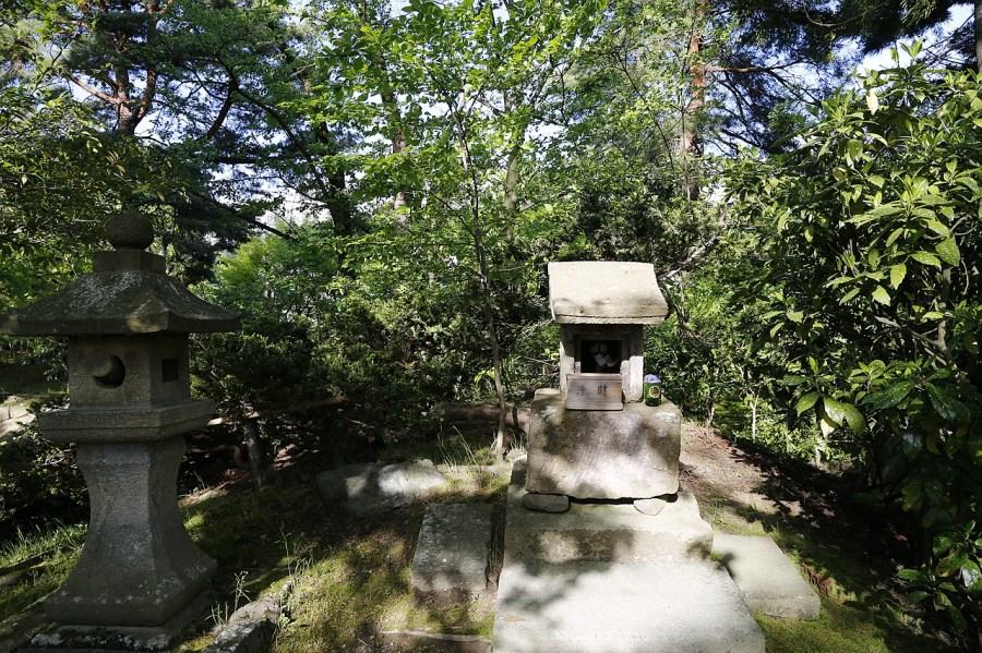[福島.景點]御藥園/御薬園~會津若松城附近順遊景點.日式庭院之美 @VIVIYU小世界
