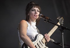 "Angel Olsen - Primavera Sound 2017 - 5 - M63C7712 • <a style=""font-size:0.8em;"" href=""http://www.flickr.com/photos/10290099@N07/34285963493/"" target=""_blank"">View on Flickr</a>"