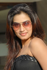 Indian Actress DIMPLE CHOPADE Hot Photos-Set-2 (3)