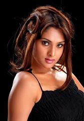 Indian Actress Ramya Hot Sexy Images Set-2  (23)