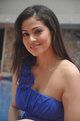 Indian Actress SADA Photos Set-5 (19)