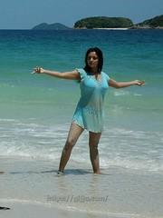 Indian Actress Ramya Hot Sexy Images Set-2  (3)