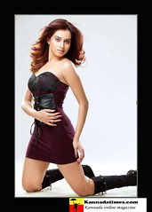 Indian Actress DIMPLE CHOPADE Hot Photos-Set-1 (2)