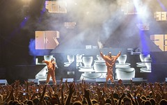 """Die Antwoord - Cruilla Barcelona 2017 - Viernes - 1 - M63C6219 • <a style=""""font-size:0.8em;"""" href=""""http://www.flickr.com/photos/10290099@N07/34956865864/"""" target=""""_blank"""">View on Flickr</a>"""