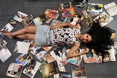 Bollywood  Actress SULAGNA CHATTERJEE Photos Set-1 (27)