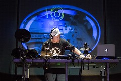 "DJ Shadow - Sonar 2017 - Viernes - 4 - M63C4588 • <a style=""font-size:0.8em;"" href=""http://www.flickr.com/photos/10290099@N07/35194744772/"" target=""_blank"">View on Flickr</a>"