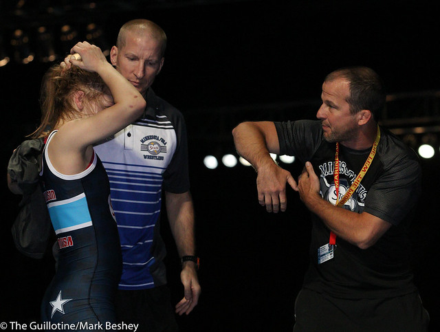 100 Emily Stilson - with coaches Chad Stilson and Brandon Paulson - 170721dmk0015
