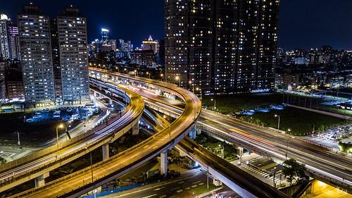 新莊-板橋,大漢橋與台64交界處夜景。