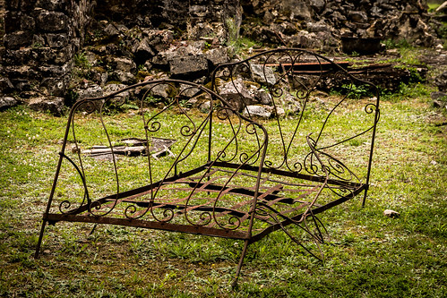 "Oradour sur Glane • <a style=""font-size:0.8em;"" href=""http://www.flickr.com/photos/91404501@N08/36940617315/"" target=""_blank"">View on Flickr</a>"