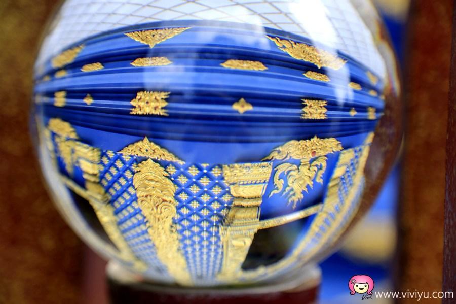 [清萊景點]Rong Suea Ten Temple.清萊藍廟~神祕的藍色系.照映著天空正藍 @VIVIYU小世界