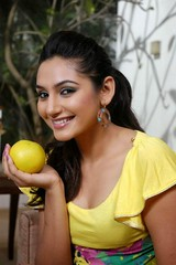 Indian Actress Ragini Dwivedi  Images Set-1   (14)