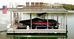 HydroHoist 4400 Boat Lift