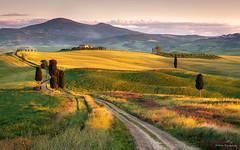 Terrapille Farmhouse, Pienza, Tuscany (explored)