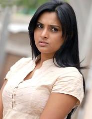 Indian Actress Ramya Hot Sexy Images Set-1 (29)