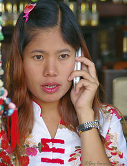 """Girl in Chiang Rai • <a style=""""font-size:0.8em;"""" href=""""http://www.flickr.com/photos/23163398@N00/23831879588/"""" target=""""_blank"""">View on Flickr</a>"""