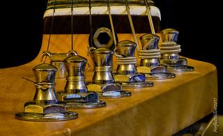 6 String Tuning Keys