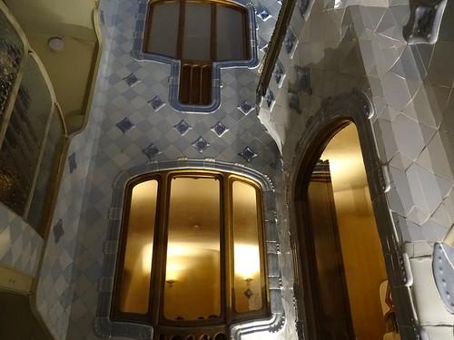 "Casa Batlló Gaudi Barcelona • <a style=""font-size:0.8em;"" href=""http://www.flickr.com/photos/160223425@N04/38777828422/"" target=""_blank"">View on Flickr</a>"